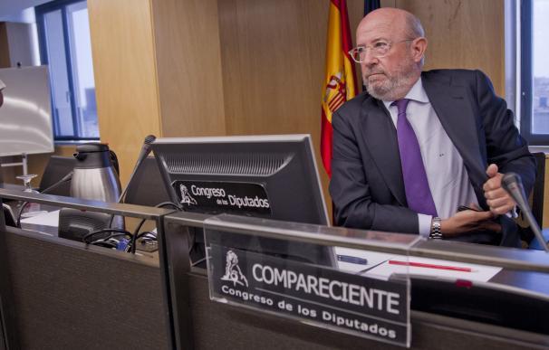 Emilio Saracho durante su comparecencia ante la Comisión del Congreso que investiga la crisis financiera y el rescate bancario. /Jose González