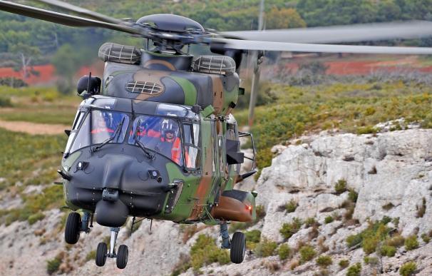 Francia recibe su primer helicóptero NH90 para transporte táctico fabricado por Eurocopter