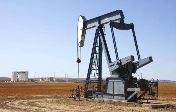 El petróleo marca máximos desde noviembre