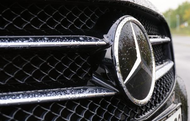 El tercer profit de Daimler se ceba con el automóvil en bolsa