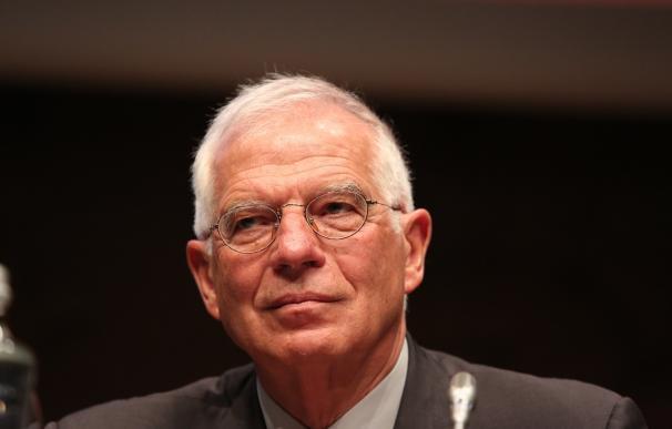 El juez retira la investigación a Borrell y al anterior consejo de Abengoa y la limita a Benjumea y Sánchez