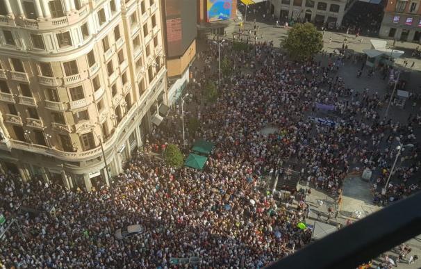 Miles de personas marchan en defensa de Madrid Central. /Europa Press