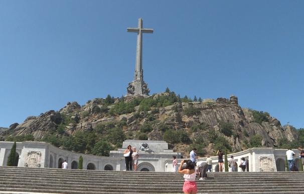 Supremo rechaza parar los trámites de la exhumación de Franco