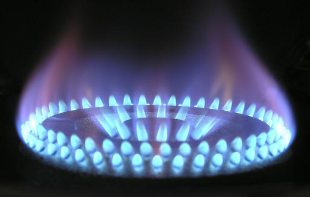 Las utilities pagan en bolsa el tijeretazo de la CNMC a su retribución