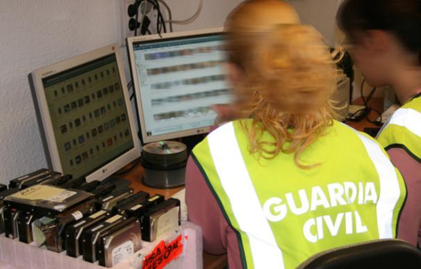 Imagen de archivo de agentes de la Guardia Civil. / GUARDIA CIVIL
