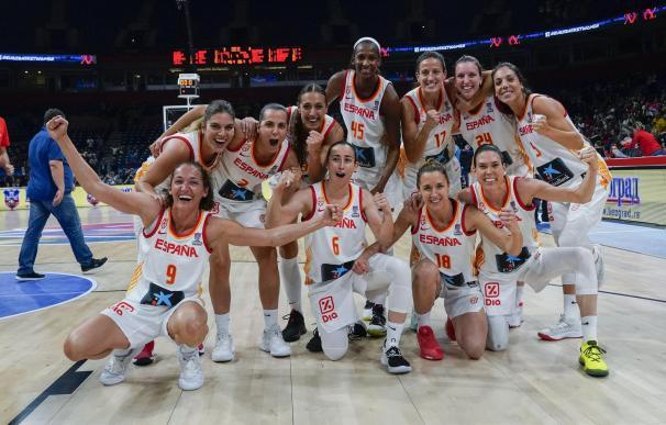 España volvió a hacer historia al reeditar la medalla de oro con un baloncesto directo y valiente. /ALBERTO NEVADO/FEB