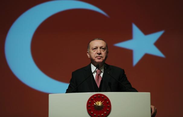 Erdogan visits Turkish Military Academy