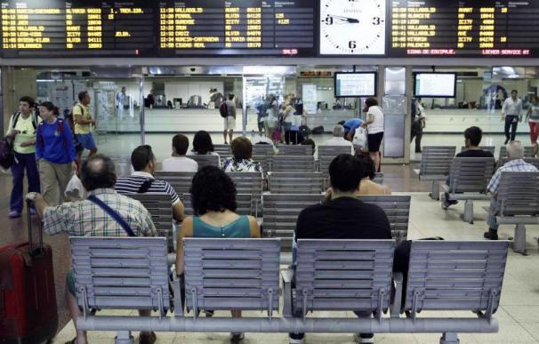 La CNMC vigilará que Adif no discrimina a los nuevos operadores en el reparto de los accesos a las estaciones