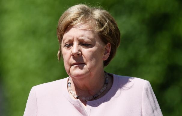 Merkel indispuesta en la recepción del presidente de Ucrania en Berlín
