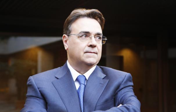 Antonio Llarden preside Enagas.