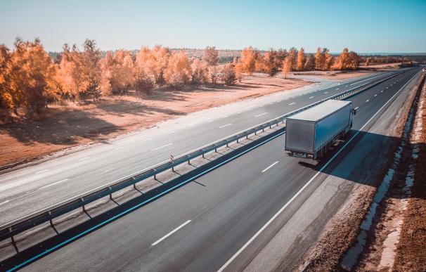 Camiones en una autopista