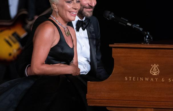 Lady Gaga y Bardley Cooper