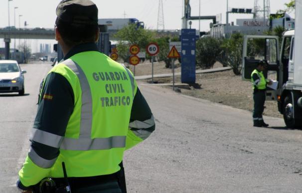 Este año será menor el número de agentes de la Agrupación de Tráfico de la Guardia Civil durante la operación verano.