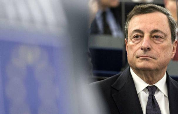 """Mario Draghi, ha reiterado en numerosas ocasiones que el banco central """"seguirá haciendo compras importantes"""" (Foto: EFE)"""