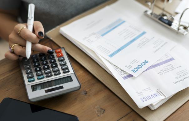 Administrativo de facturación, desde 16.500 euros brutos al año