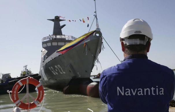 Un trabajador de Navantia en el astillero de SanFernando-Puerto Real (Cádiz). / EFE