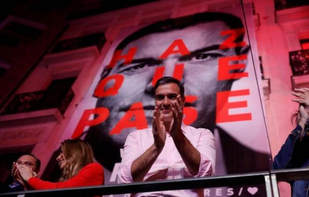 Pedro Sánchez, durante su valoración de los resultados electorales en la sede socialista en la Calle Ferraz de Madrid. EFE