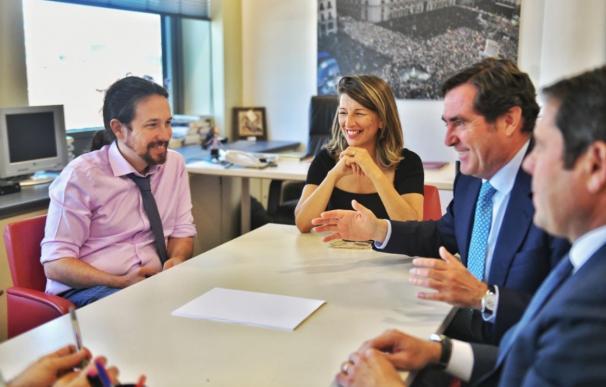 La economía y empresarios, en guardia ante un Gobierno de PSOE y Podemos
