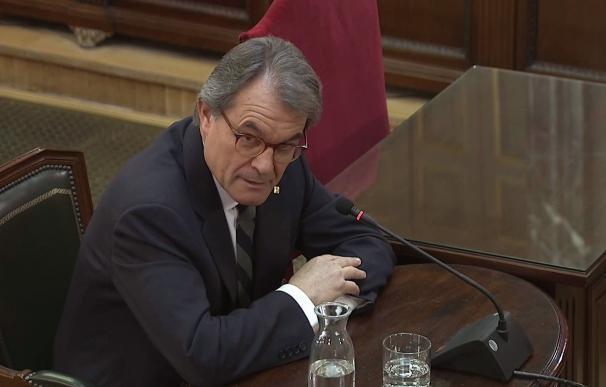 """El expresidente catalán Artur Mas, durante su declaración como testigo este miércoles en el juicio del """"procés""""."""