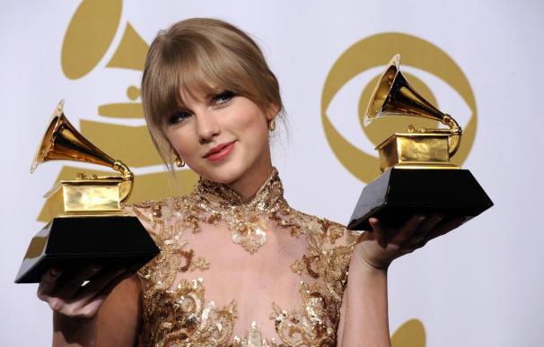 Taylor Swift destrona a Lady Gaga como la cantante que más ganó el año pasado