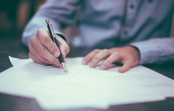 Firma de documentos, hipoteca,