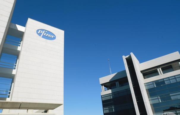 Pfizer anuncia un ERE que afectará a 220 de sus trabajadores en España
