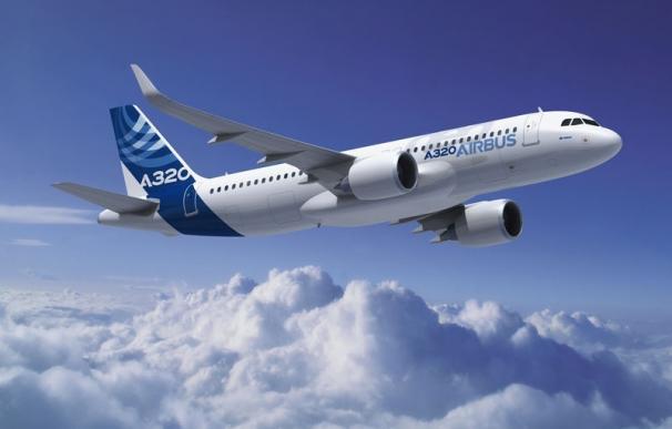 """Airbus recibe un pedido de 234 aviones A320, el """"más importante"""" de la historia de la aviación civil"""
