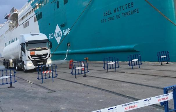 El Gas Natural Licuado (GNL) comienza a sustituir al petróleo en el Puerto