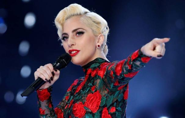 Lady Gaga cancela su gira europea por problemas de salud