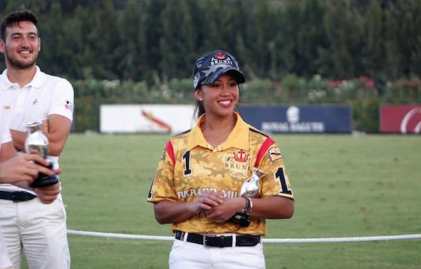 La princesa Azemah de Brunei es capitana del Brunei Polo Team de mediano handicap.