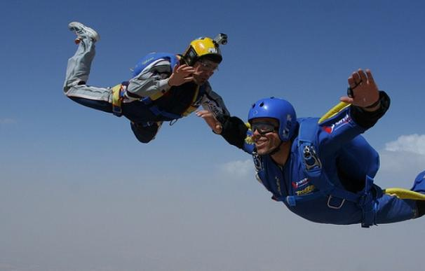 El salto en paracaídas, un deporte de moda.