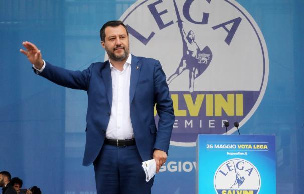 El viceprimer ministro italiano y ministro del Interior, Matteo Salvini durante un acto de su partido en Milán. /EFE/EPA/MATTEO BAZZI