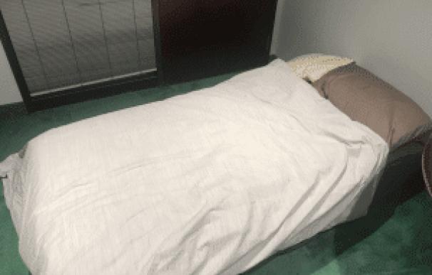 Fotografía de la cama de Alistair Vigier en las oficinas de ClearWay.