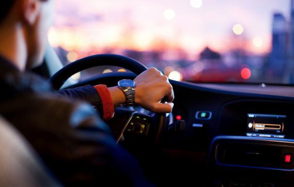 Asalariados de los dueños de la VTC: 1.250 euros brutos por 60 horas sentado al volante