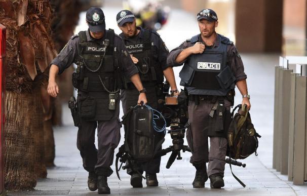 Una rehén en la toma del café de Sídney recibió disparos de la Policía