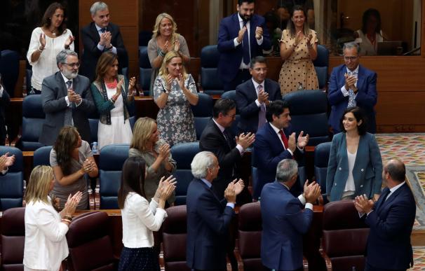 Fotografía Ovación a Isabel Díaz Ayuso / EFE