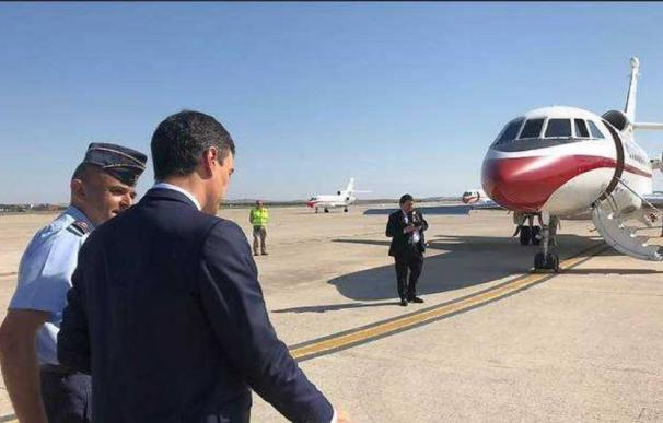El Gobierno 'mima' el Falcon de Sánchez: 46.000€ para limpiar los aviones a diario