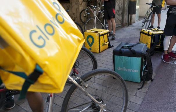 Fotografía de Glovo y Deliveroo / Heraldo