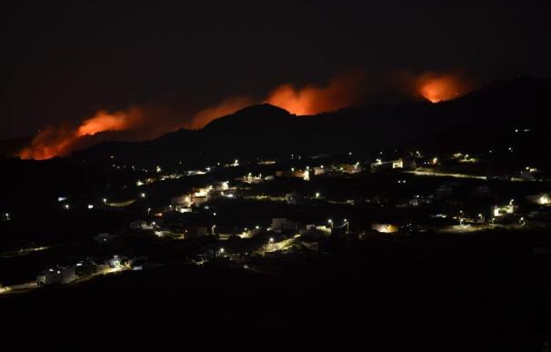 Incendio de Gran Canaria durante la noche
