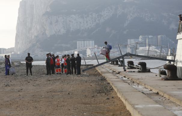 Llegada del buque 'Audaz' al puerto de San Roque. / EP