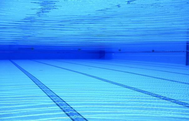 Fotografía de una piscina.