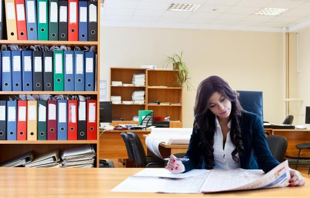 Las mujeres ocupan solo el 16% de los puestos directivos en España
