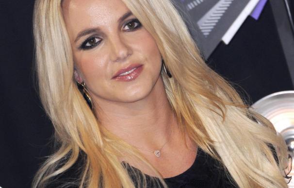 Britney Spears y Miley Cyrus ponen pop a la Semana de la Moda de Nueva York