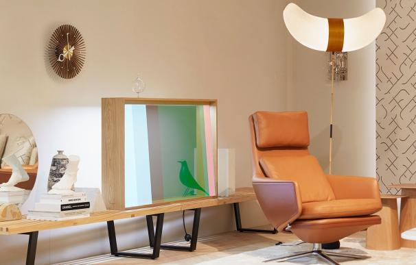 Nuevo prototipo de televisor con pantalla OLED transparente de Panasonic