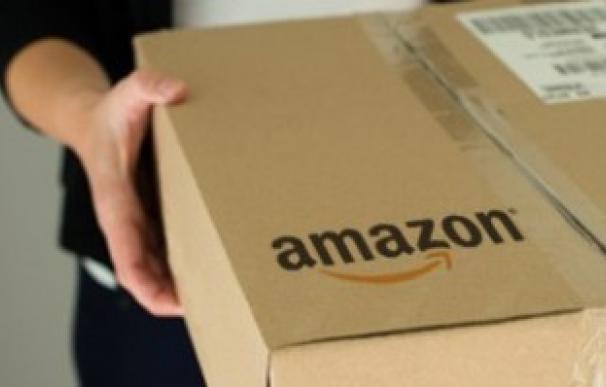 Amazon reta a Seur con una filial española para sus envíos