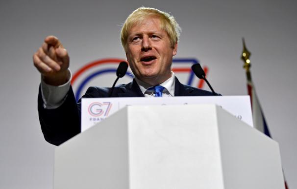 Boris Johnson plantea purga interna y Corbyn lanza su ofensiva para gobernar