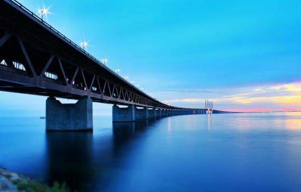 El puente Oresund que une Dinamarca y Suecia