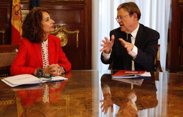 Foto María Jesús Montero y Ximo Puig / EFE