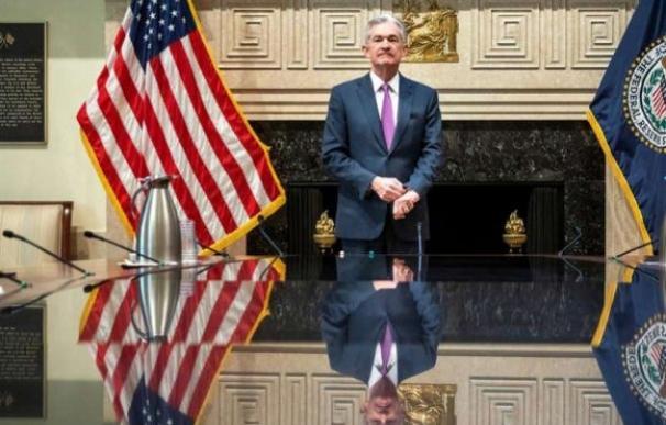El jefe de la Fed se la juega para frenar la recesión y el colapso del mercado