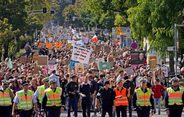 Protestas en Sttutgard contra el cambio climático. / EFE